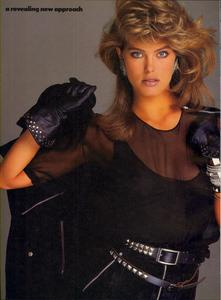 Blanch_Vogue_US_July_1985_07.thumb.jpg.cf2f1e3f0b25e6a7053f6cdc1fc9973e.jpg