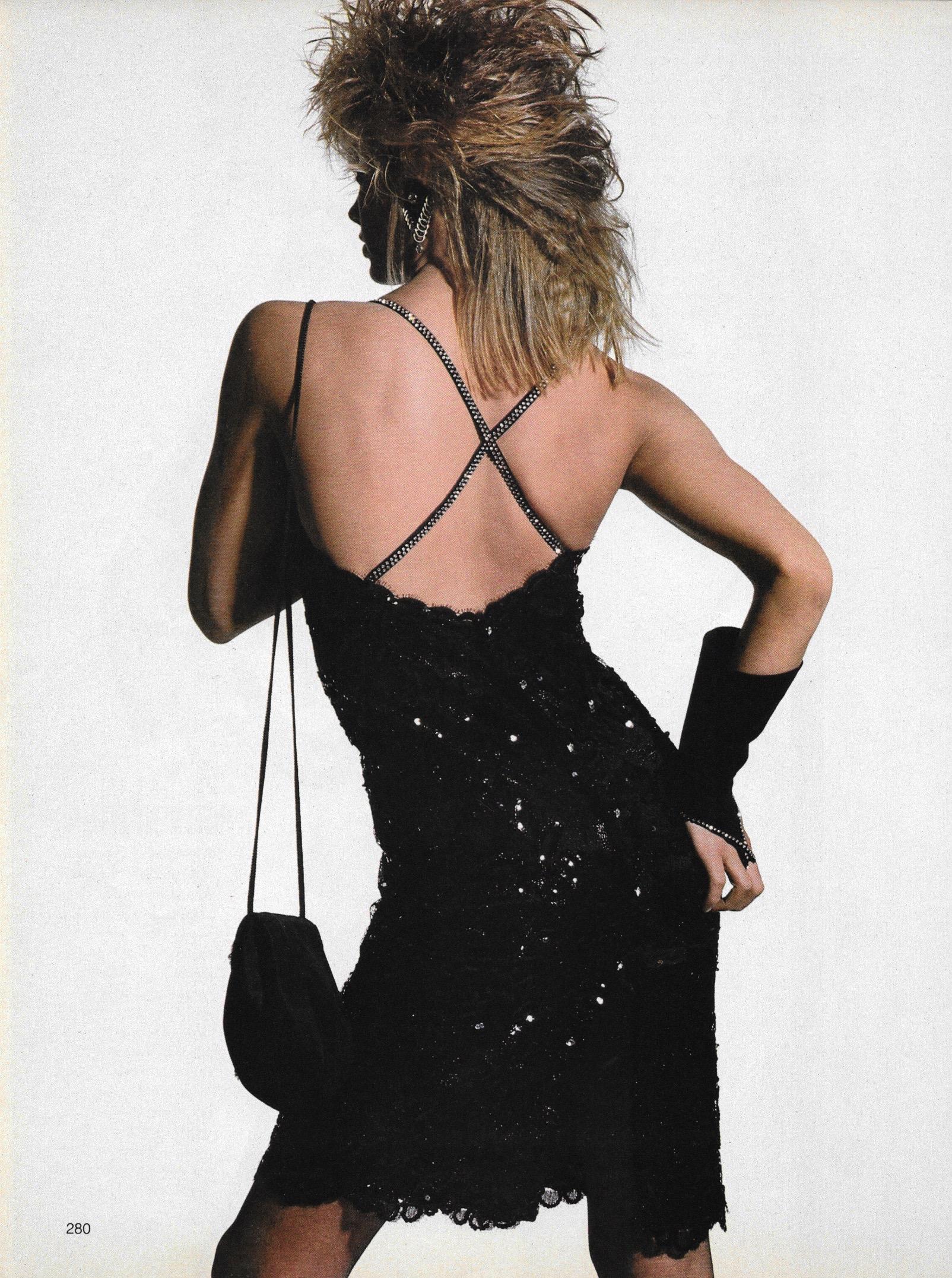 Penn_Vogue_US_June_1984_05.jpg
