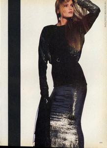 Penn_Vogue_US_September_1985_06.thumb.jpg.d8ca389b06cff41cb13853b0fb050d7f.jpg