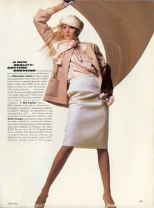Tapie_Vogue_US_February_1985_12.thumb.jpg.912c1a5276218d28aae9e7ed42be3493.jpg