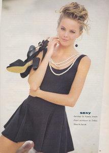 58c0a248a5a80_DollyMagazine(Australia)January1991blackmagicbymichaelSchenko06.thumb.jpeg.d7b35fd77c20bdfff752814018e2a5e9.jpeg