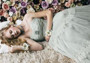 jill-stuart-bridal-gowns-2011-1.thumb.jpg.db7aba310dfc3df17c64ac5f2be7cd68.jpg