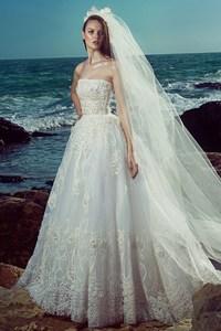 Mikaella Eisele - Zuhair Murad6.jpg