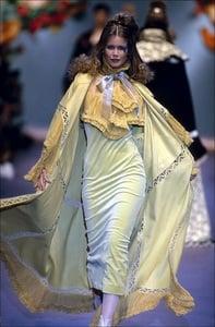 Chloe Fall-Winter 93 -94 In Paris.jpg