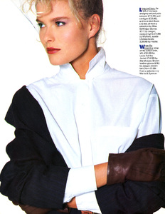 Vendela_Kirsebom_1986_10_Vogue_Uk_Ph_Sergio_Caminata_006.thumb.jpeg.d20d4ea9b286e7589f29bf3596a04657.jpeg