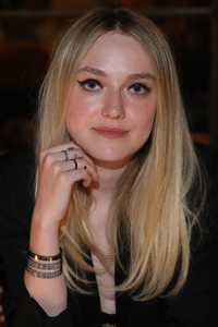 dakota-fanning-at-repossi-los-angeles-dinner-at-chateau-marmont-in-west-hollywood_919051721.jpg