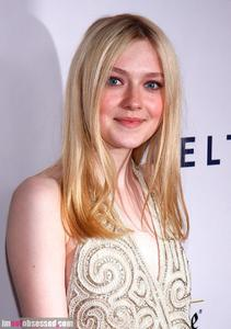 dakota-fanning-cory-monteith-and-more-step-out-for-glaad-media-awards-202689635.jpg