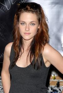Kristen-Stewart-2623 (1).jpg