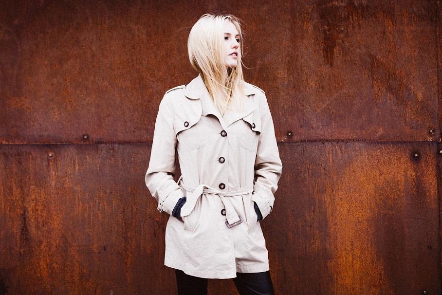 Laura Fox96.jpg
