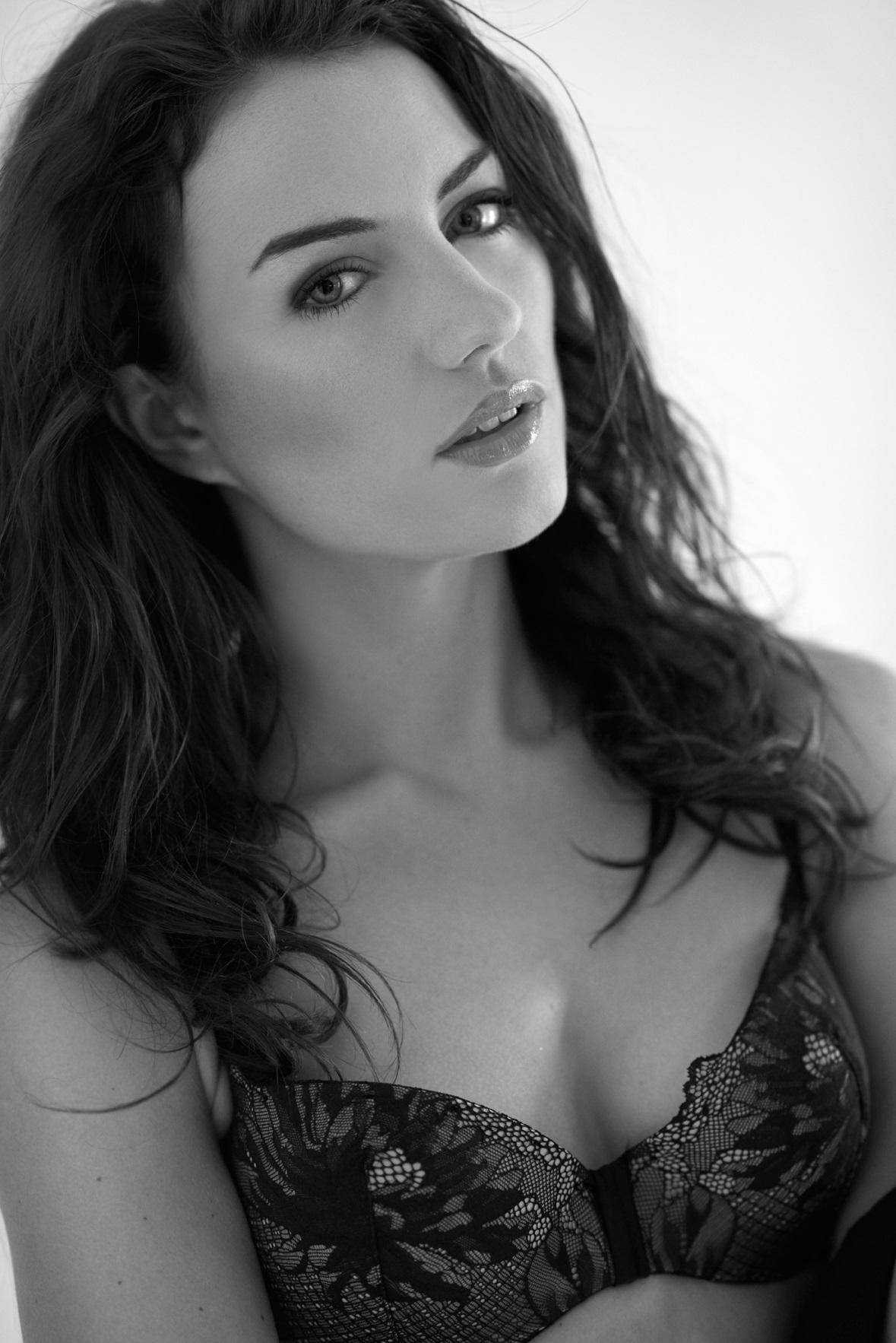 Anna Clough - lingerie la femme4.jpg
