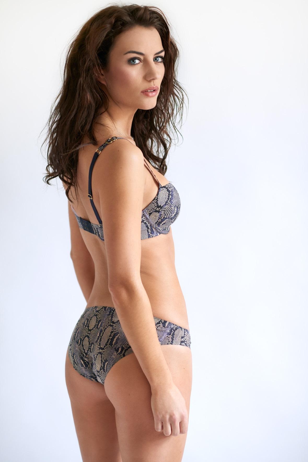 Anna Clough - lingerie la femme3.jpg