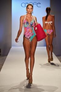 5924f82152225_Caff-Swimwear-Spring-Summer-2014-Collection_55.thumb.jpg.be213b331e1d5054b066a317284bf65b.jpg