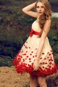 81032-rose-petal-girl-skirt-iphone-wallpaper.jpg