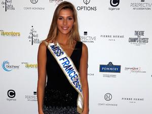 Camille-Cerf-Miss-France-2015-soiree-glamour-pour-la-vente-aux-encheres-des-Sapins-de-Noel-des-createurs-Photos.jpg