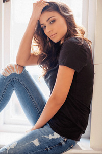 Claudia-Phoenix-models-3.jpg