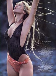 Feurer_Vogue_US_December_1984_03.thumb.jpg.a1b2d879b6fc91b9086a94bf645b08a3.jpg