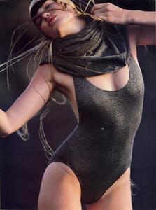 Feurer_Vogue_US_December_1984_04.thumb.jpg.53b7fa5b601fade6af705b0e097e98ed.jpg