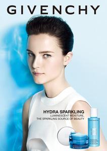 Givenchy-Hydra-Sparkling-2014.thumb.jpg.14c4420e9dfcace7a40e5182d2b37267.jpg