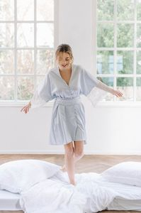 Kimono-robe-h-031-597bf3d1.thumb.jpg.a7b7726ef77ac0378c83e076b9db67e5.jpg