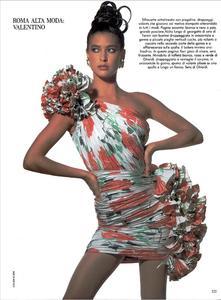 Klein_Vogue_Italia_March_1988_04.thumb.jpg.0cf84769219db173be421617c54167b2.jpg