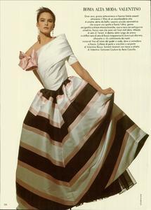 Klein_Vogue_Italia_March_1988_07.thumb.jpg.8a436d3f75a832260701b08a5e226017.jpg