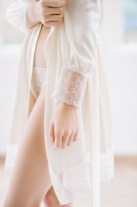 Satin-robe-a-019-07d3c426.thumb.jpg.987f530f8b884948d03099a4c6731a71.jpg