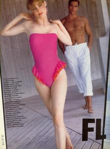 Varriale_Vogue_US_November_1982_07.thumb.jpg.3350dda9fba6be78cea928e071e71844.jpg