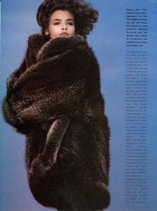 Varriale_Vogue_US_November_1983_01.thumb.jpg.e3956a630f8adbecc1b60e34593f60d4.jpg