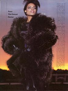 Varriale_Vogue_US_November_1983_03.thumb.jpg.1068f39f0eca58f83177d77c3c5e461b.jpg