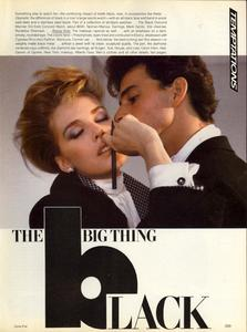 Vogue_US_November_1982_02.thumb.jpg.051828dfad33ed9ad8944141d99aac02.jpg