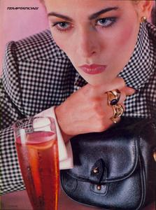 Vogue_US_November_1982_04.thumb.jpg.78bddce97f112d2b74d8894aece15975.jpg