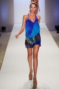 caffe-swimwear-pre-autumn-fall-2014-miami-swim34.thumb.jpg.9f79ac59882ce7c83d9ff7dd4192e8f3.jpg