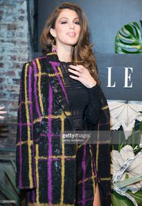 iris-mittenaere-attends-e-elle-img-fashion-week-kickoff-on-february-8-picture-id634316828.jpg