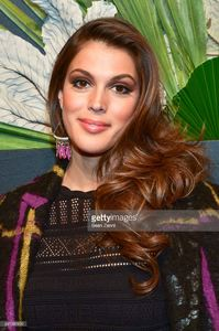 iris-mittenaere-attends-elle-e-and-img-host-new-york-fashion-week-picture-id641382820.jpg