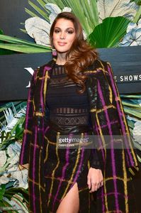 iris-mittenaere-attends-elle-e-and-img-host-new-york-fashion-week-picture-id641382822.jpg