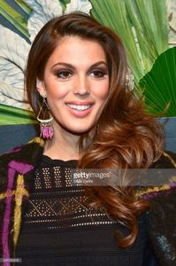 iris-mittenaere-attends-elle-e-and-img-host-new-york-fashion-week-picture-id641382826.jpg