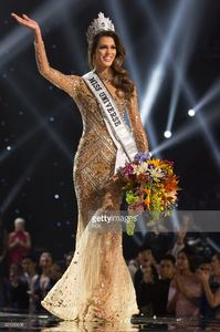 iris-mittenaere-miss-france-2016-is-crowned-miss-universe-at-the-the-picture-id651039096.jpg