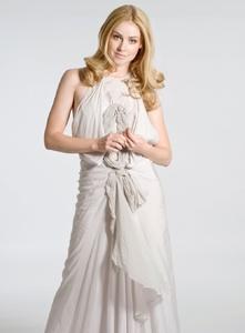 kinopoisk.ru-Amanda-Schull-1899284.thumb.jpg.b4f014215220ba0a75603aa2e580e85a.jpg