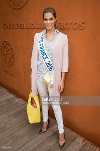 miss-france-2016-iris-mittenaere-attends-the-french-tennis-open-day-picture-id538315330.jpg