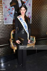 miss-france-2016-iris-mittenaere-attends-the-jean-paul-gaultier-picture-id507200142.jpg