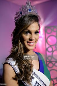 miss-universe-2016-iris-mittenaere-visits-extra-on-february-7-2017-in-picture-id634159620.jpg