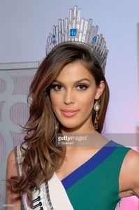 miss-universe-2016-iris-mittenaere-visits-extra-on-february-7-2017-in-picture-id634159642.jpg