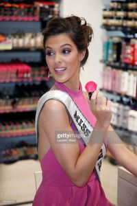 miss-universe-2017-iris-mittenaere-attends-for-the-presentation-of-picture-id654363122.jpg