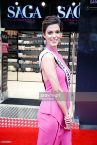 miss-universe-2017-iris-mittenaere-attends-for-the-presentation-of-picture-id654363298.jpg