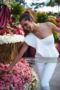 miss-universe-france-iris-mittenaere-visits-baguio-in-the-philippines-picture-id633055710.jpg
