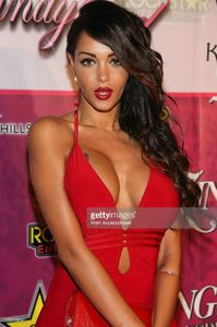 modeltv-personality-nabilla-benattia-attends-the-8th-annual-kandyland-picture-id176729854.jpg
