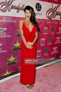 nabilla-benattia-attends-the-8th-annual-kandyland-on-august-17-2013-picture-id176753168.jpg