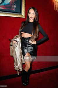 nabilla-benattia-attends-the-jean-paul-gaultier-show-as-part-of-the-picture-id182121145.jpg