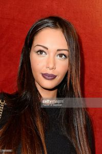 nabilla-benattia-attends-the-jean-paul-gaultier-show-as-part-of-the-picture-id182123435.jpg