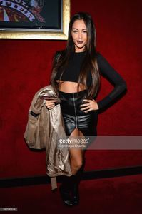 nabilla-benattia-attends-the-jean-paul-gaultier-show-as-part-of-the-picture-id182136548.jpg
